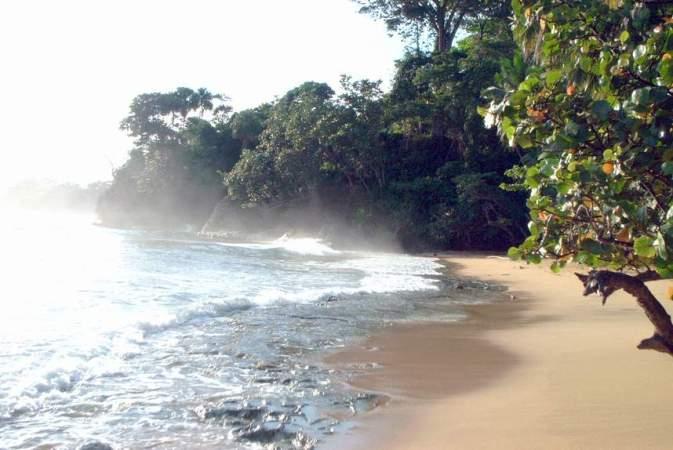 costa-rica-beach-caribbean