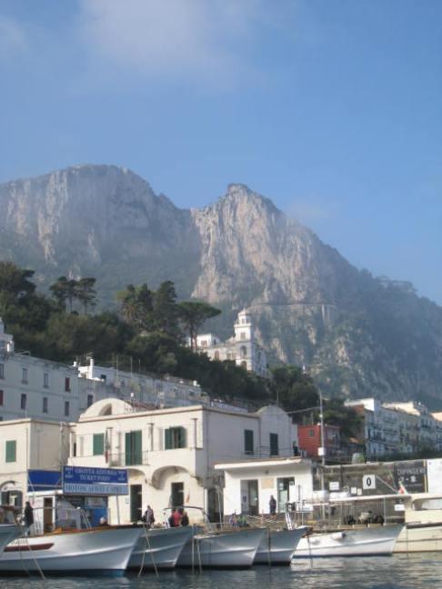 Capri Harbor
