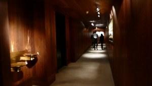 aman resort, amangani, jackson hole, wyoming, usa, hotel resort rooms hallway wood paneling resort hotel amangani