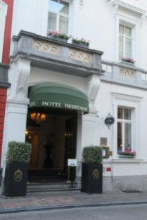 Hotel Heritage Entry