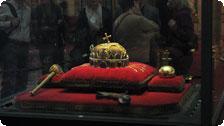 St. Istvans crown in Parliament