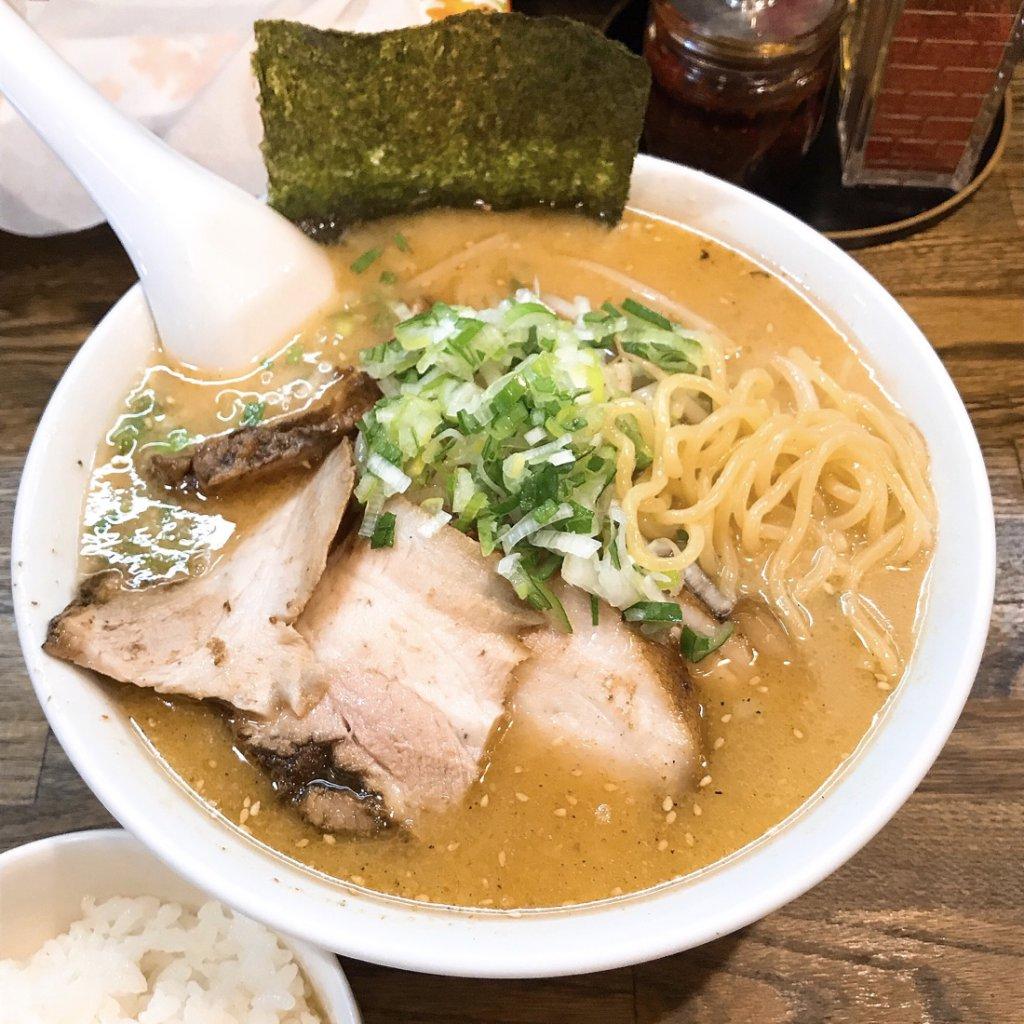 ラーメン郁 味噌チャーシュー麺