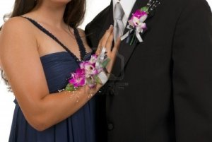 corsage-and-boutonniere