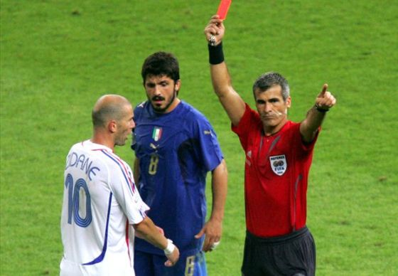 Zidane gets a red card for headbutt.