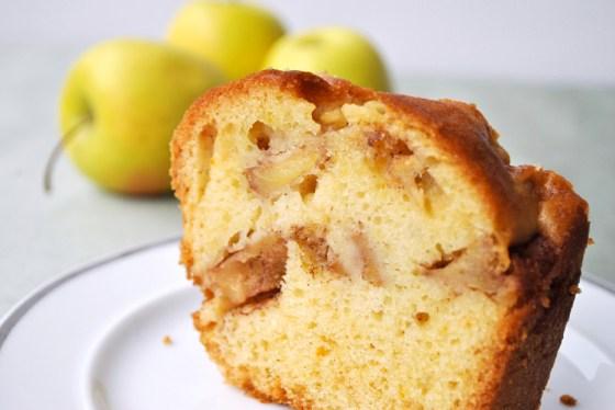 2- Apple Swirl Cake | Brownie Box
