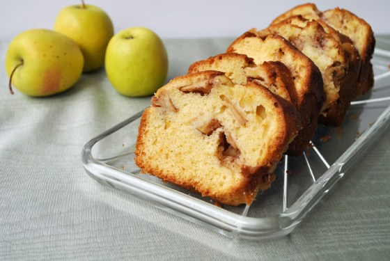 3- Apple Swirl Cake | Brownie Box