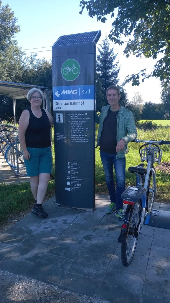 Markus Büchler und Tania Campbell bei MVG-Rad-Station