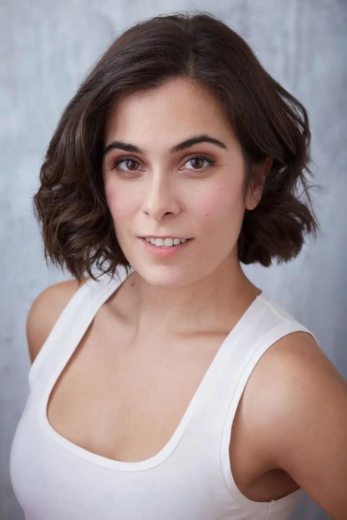 Tania Pais headshot b full size