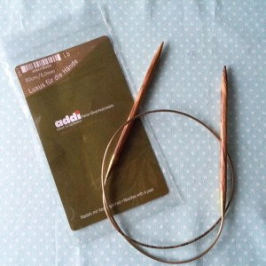 Olivenholzrundstricknadel von Addi (Stärke 6,0mm, 80cm lang)