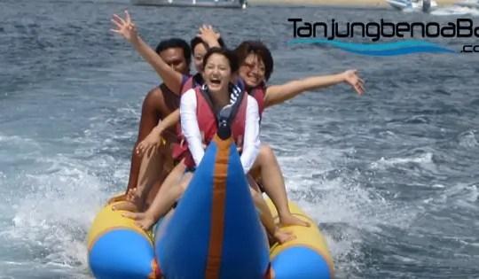 Banana Boat Tanjung Benoa Bali