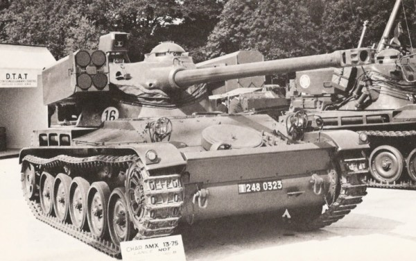 AMX-13 HOT Early Version