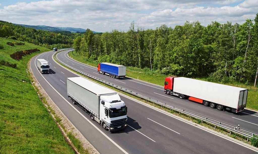 Tận dụng xe container lạnh chiều về Bắc – Nam