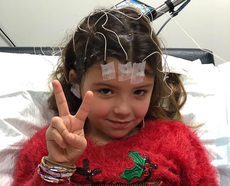 Wat is epilepsie - Marley tijdens een EEG