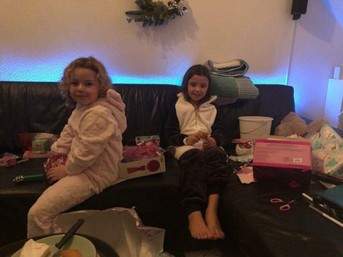 Kerst verloopt anders dan gepland cadeautjes op kerstavond