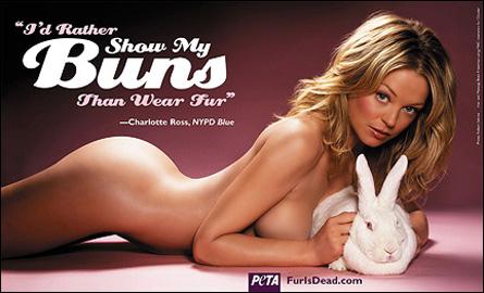 Charlotte Ross naken i PETA-annons
