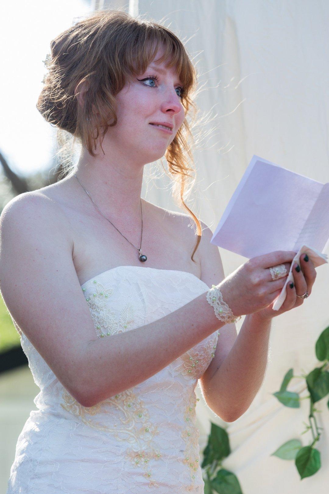 Eden saying her vows