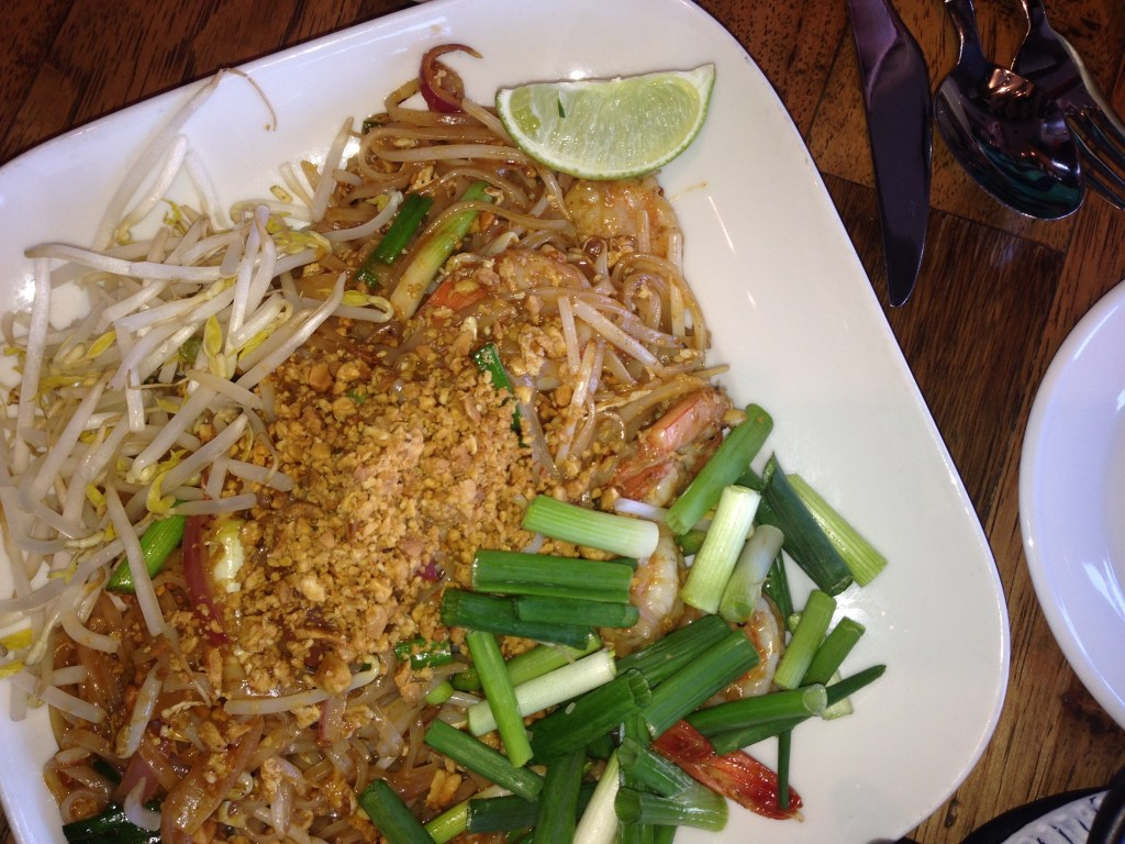 Pak Pao - Pad Thai / Stir Fry Rice Noodle with shrimp