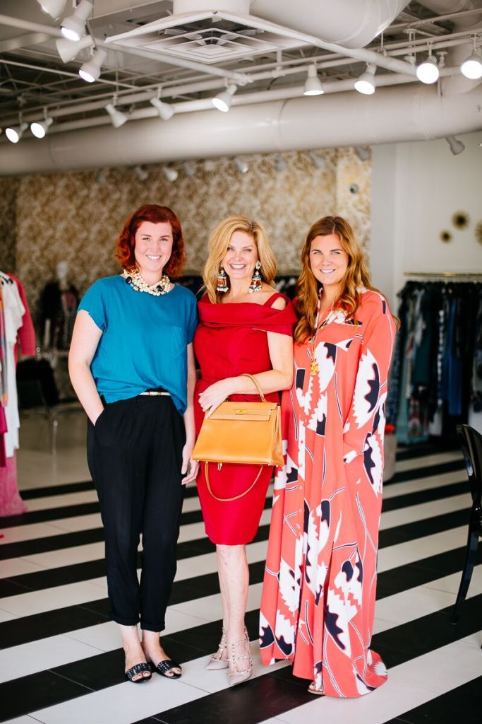 Luxury Garage Sale, Tanya Foster, Oscar de la Renta