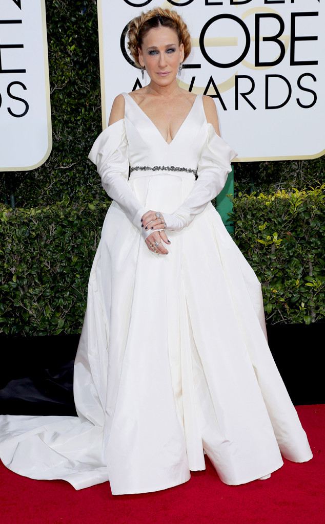 Sarah Jessica Parker as one of the worst dressed at the 2017 Golden Globes.