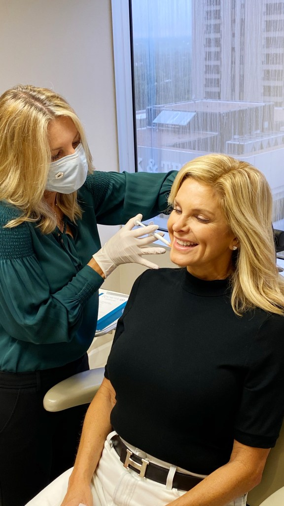 Dr. Lynley McAnalley injecting Radiesse