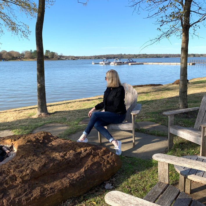 Long Cove - Luxury lakefront living at Cedar Creek Lake in Texas.