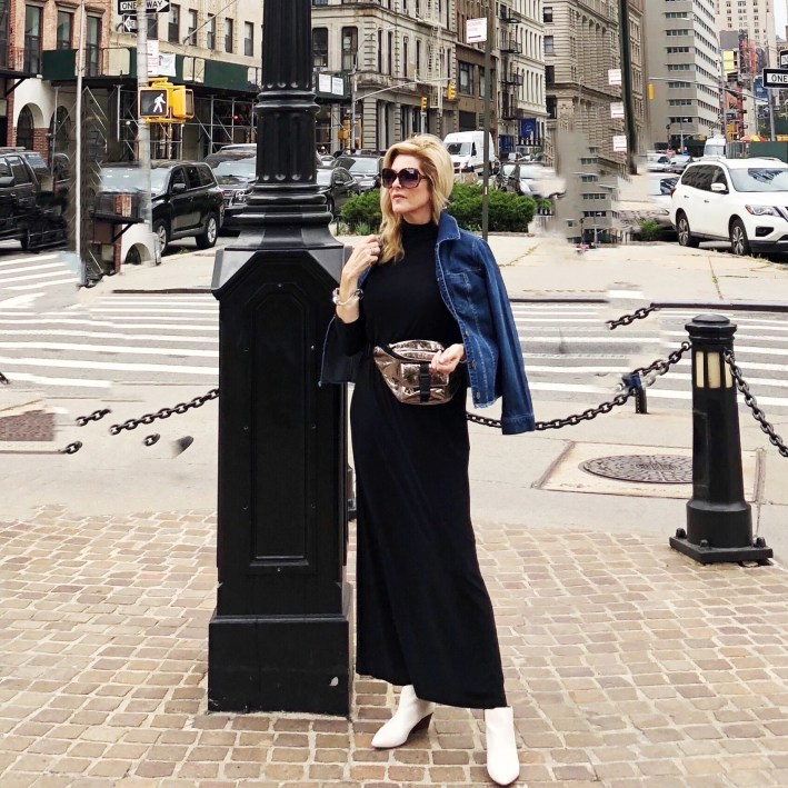 Tanya Foster attends NYFW in September 2018 and details what she wears and does.