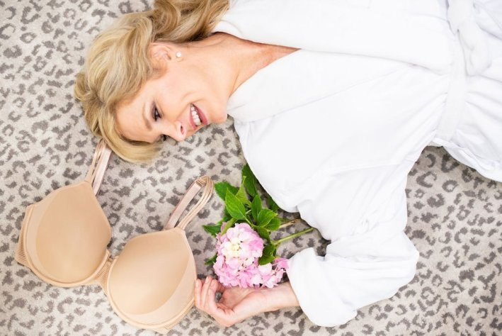Soma Cooling Bra review featured by top US fashion blogger, Tanya Foster: image of the Soma Beautifully Cool bra