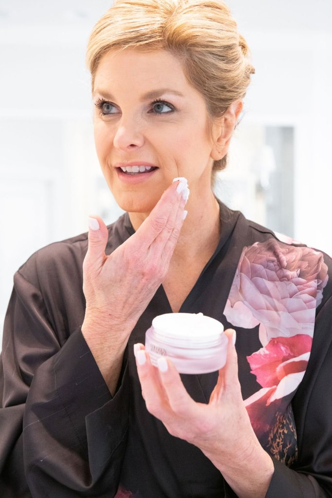 Tanya Foster putting on spa-treatment level product