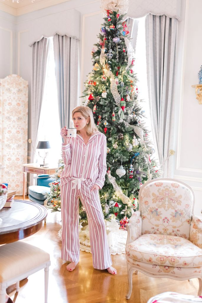 Soma Embraceable Notch Collar PJ Top and Pant in candy cane stripe