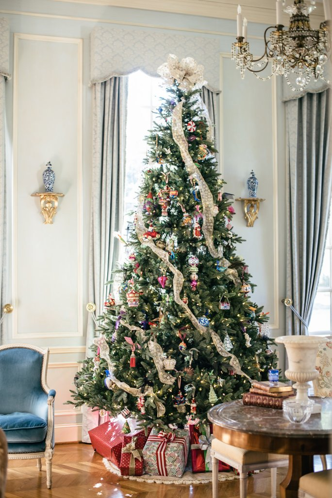 10 foot pre-lit tree from Wayfair to decorate your home for the holidays.