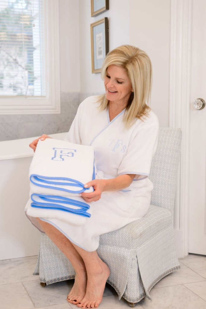 Tanya Foster in Weezie Towels short bath robe