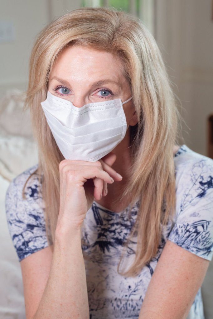 Tanya Foster wearing a face mask during quarantine 2020