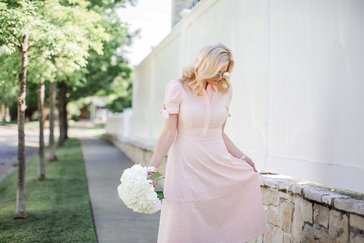 Best dresses for Graduation. Something for the graduate, guests and Mom.
