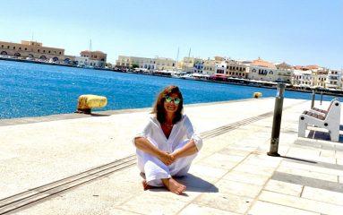 Syros - a divine travel choice