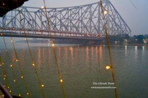 Howrah Bridge. Photo credit: Tanya Munshi
