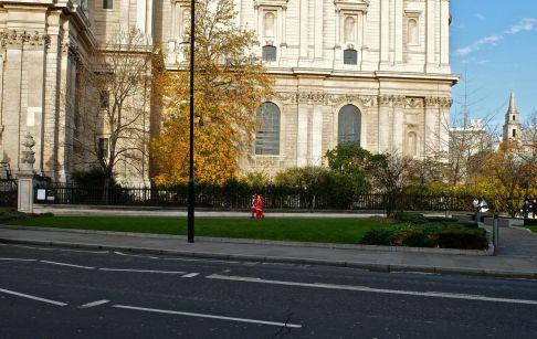 Santacon London 2013 St Pauls Cathedral