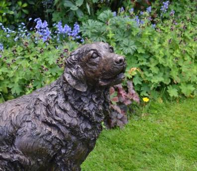 Goldne Retriever 2 Sculpture - Tanya Russell