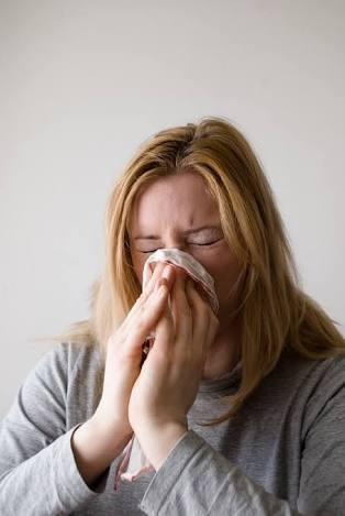 寒い冬の風邪は本当に風邪? もしかしたらアレルギーかもしれない!