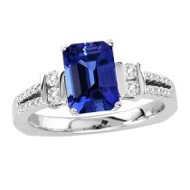 Tanzanite Emerald cut Ring in White Gold