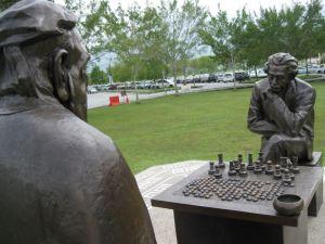 confucius-einstein-playing-chess