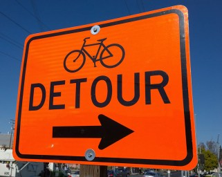 Detour sign for bicycles