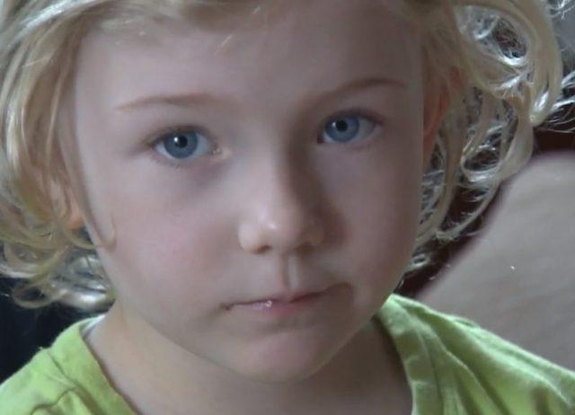 Christine Hartwell Outraged After School Bans Best Friends