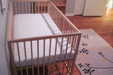 Picking the Best Organic Crib Mattress for Your New Baby