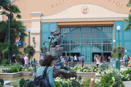 The Paris Walt Disney Studio was on the books for our second day. Discover this magical place with a 2 year old