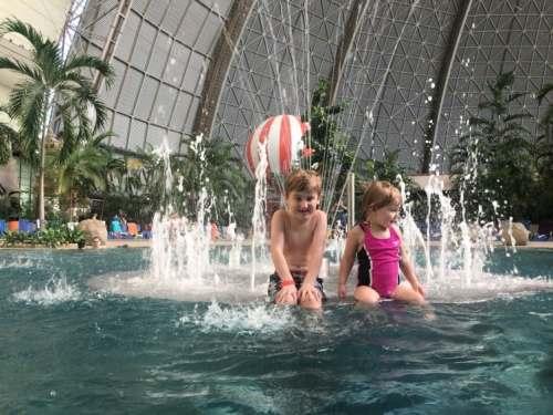 keep kids safe on vacation