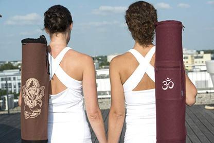 borsa yoga Om Yogistar a spalla