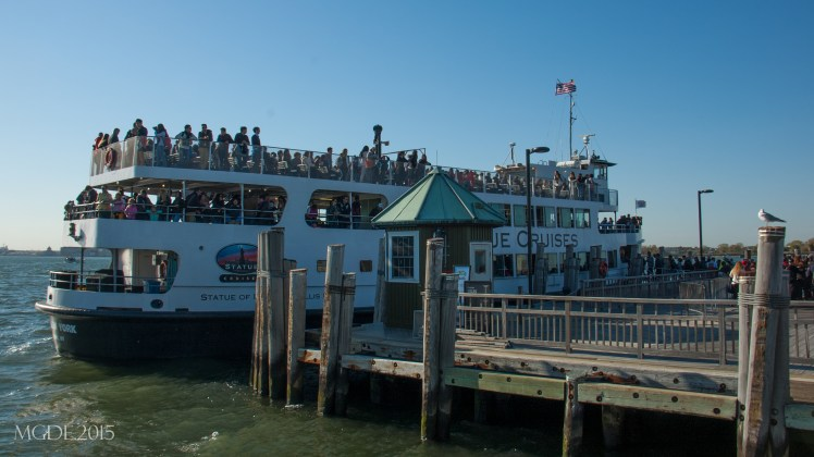 Tourists ferry to NYC