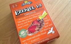 【シリアル:イーストフリー】Food For Life Ezekiel 4:9 Sprouted Whole Grain Cereal Original