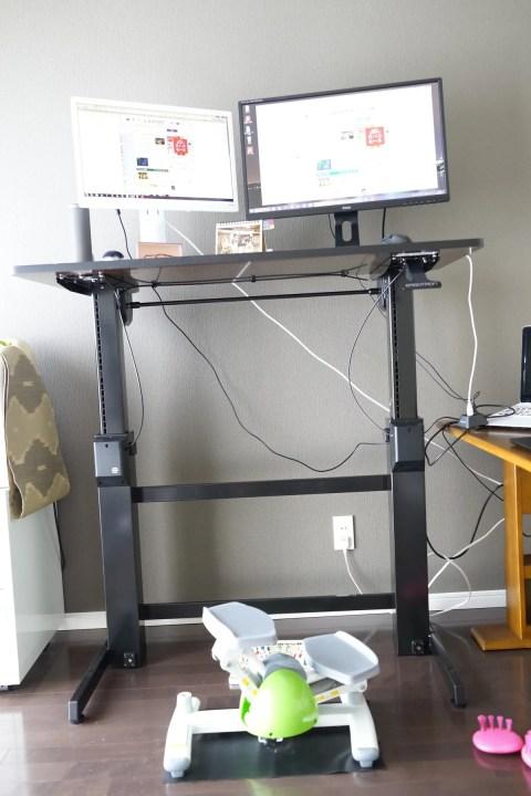 エルゴトロン WorkFit-D 座位・立位両用 昇降デスクレビュー 運動しながらPCができるデスク