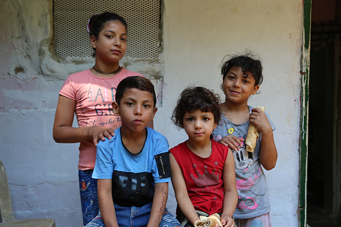 Lebanese children fed by the WFP